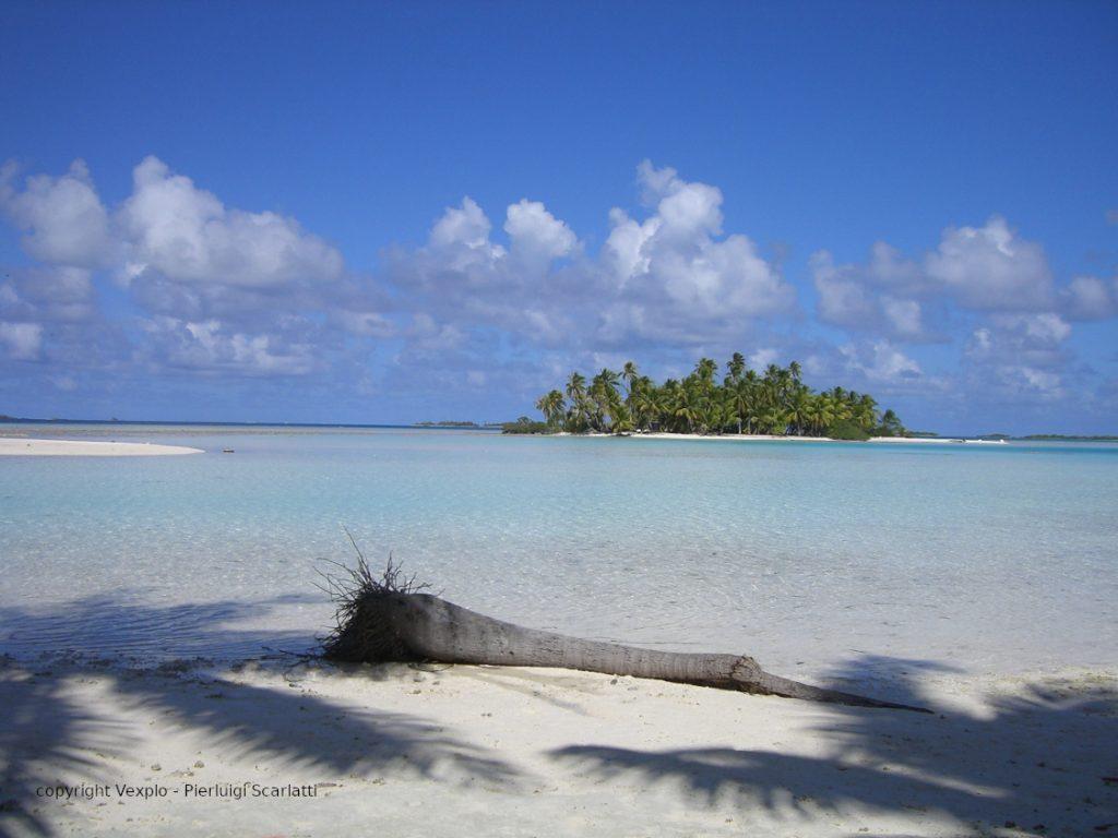 Blue Lagoon - Rangiroa.