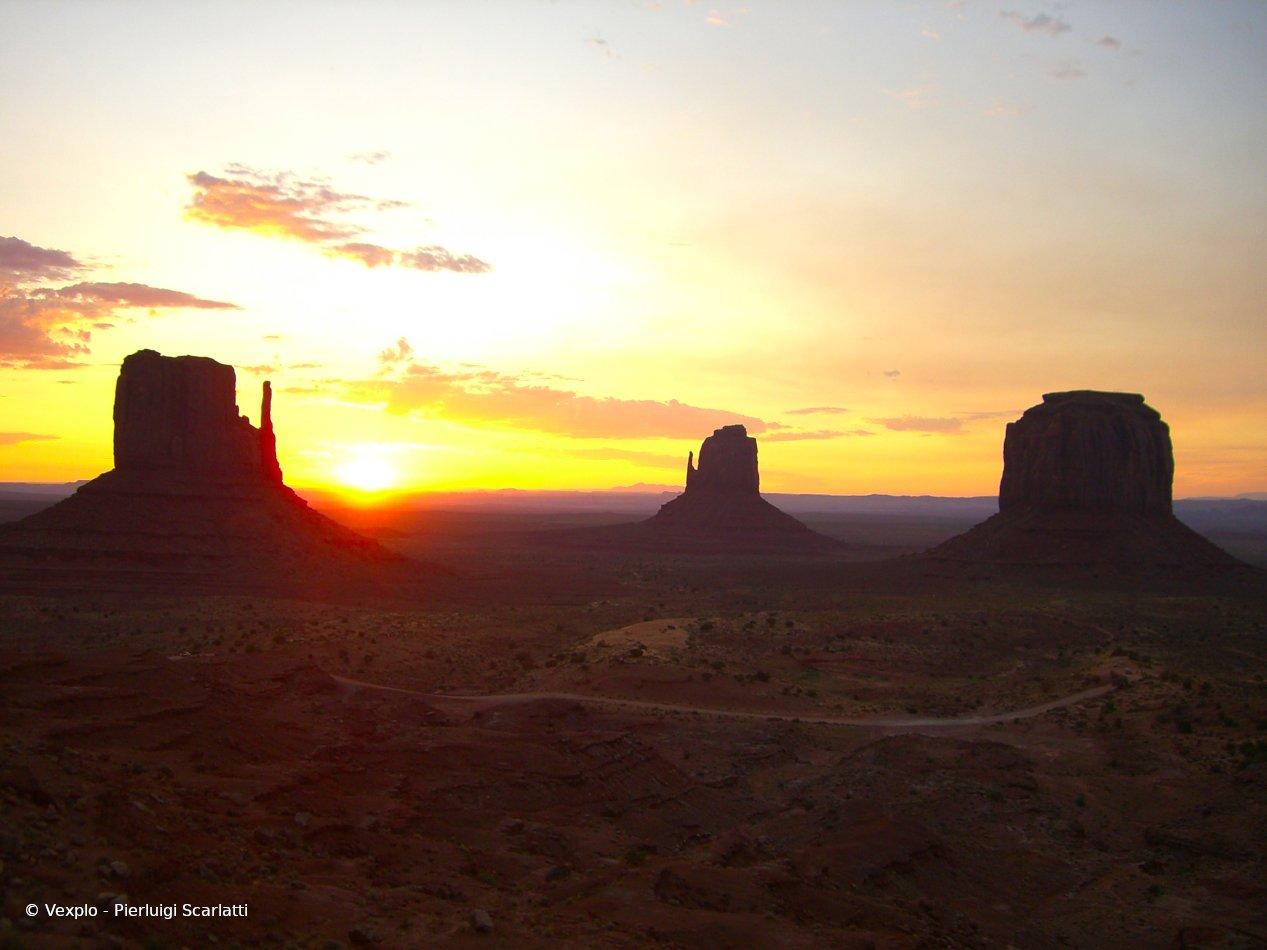 Monument Valley (alba)