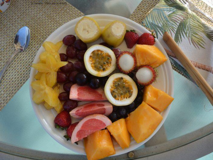 Piatto frutta tropicale