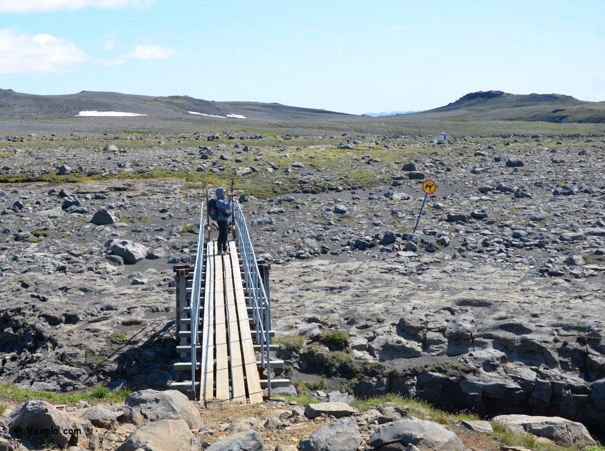 Ponte lungo il sentiero Fimmvðuhàls