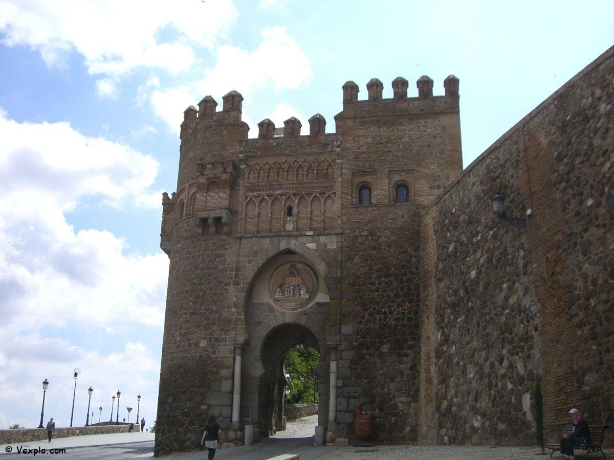 Porta di ingresso secondaria della città di Toledo.