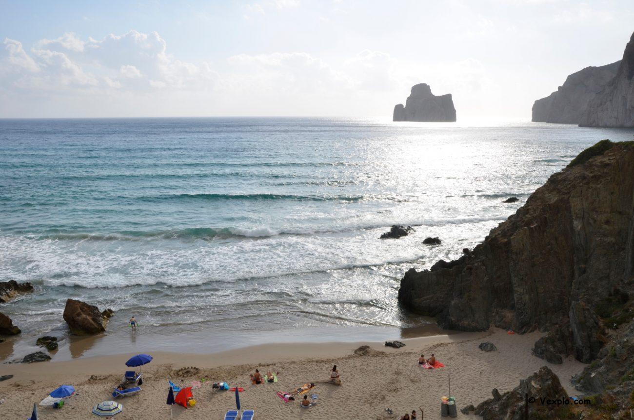 Spiaggia di Masua con vista sul Pan di Zucchero.